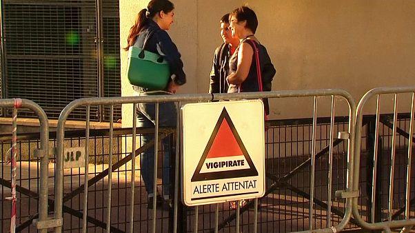 Γαλλία: «Φρούρια» για λόγους ασφαλείας τα σχολεία
