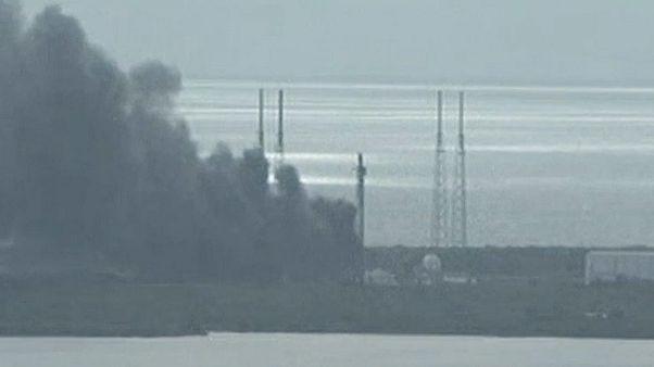 Explosión en Cabo Cañaveral durante el lanzamiento de un cohete