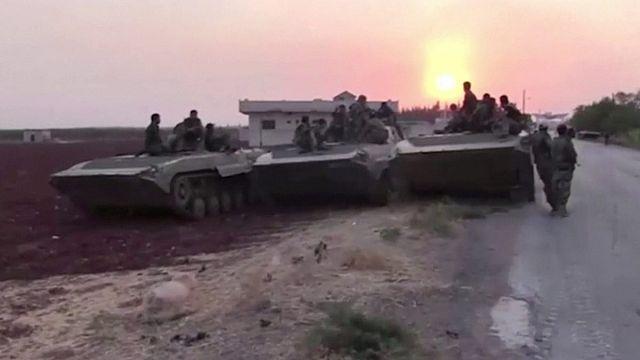 المعارضة السورية المسلحة تسيطر على مناطق عدة في حماة