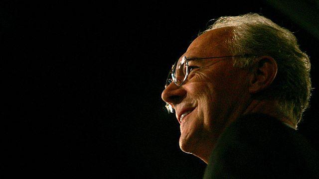 القضاء السويسري يحقق مع فرانز بيكنبور بتهمة الفساد