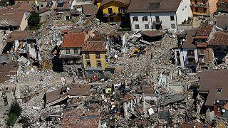 Ιταλία: Η ανοικοδόμηση και τα αναπάντητα ερωτήματα