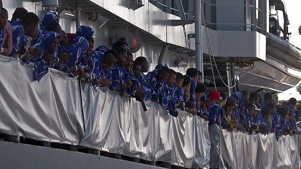 13 000 migrants sauvés au large de l'Italie depuis dimanche