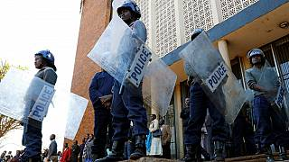 Zimbabwean police bans all demonstrations for the next two weeks