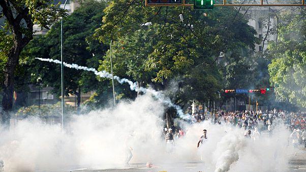 """Оппозиция Венесуэлы: на """"штурм Каракаса"""" вышли до миллиона человек"""