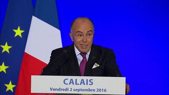 Véglegesen bezárná a calais-i dzsungelt a francia belügyminiszter