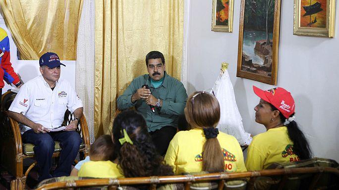 Власти Венесуэлы представили доказательства неосуществленной попытки переворота