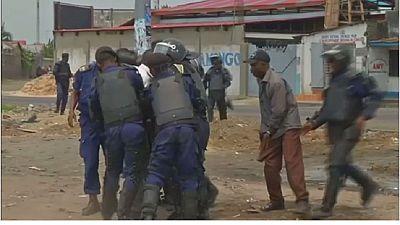 RDC : la police disperse des protestations anti-dialogue politique