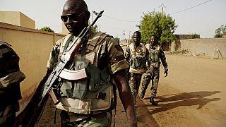 Mali : l'armée reprend une ville du centre assiégée vendredi par des djihadistes