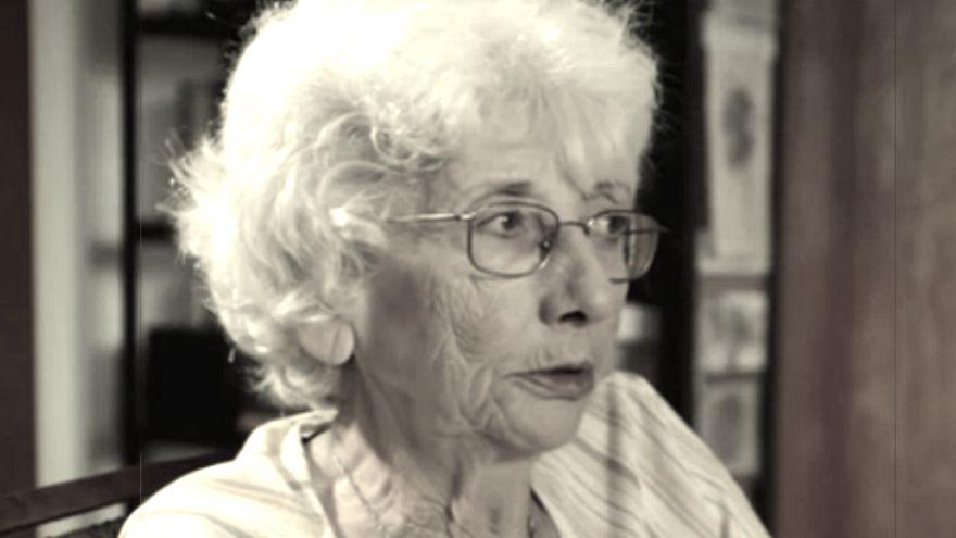 """Morreu a escritora Maria Isabel Barreno (1939-2016), uma das """"três Marias"""""""
