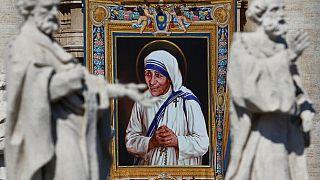 Mère Teresa est désormais une sainte de l'Église catholique romaine
