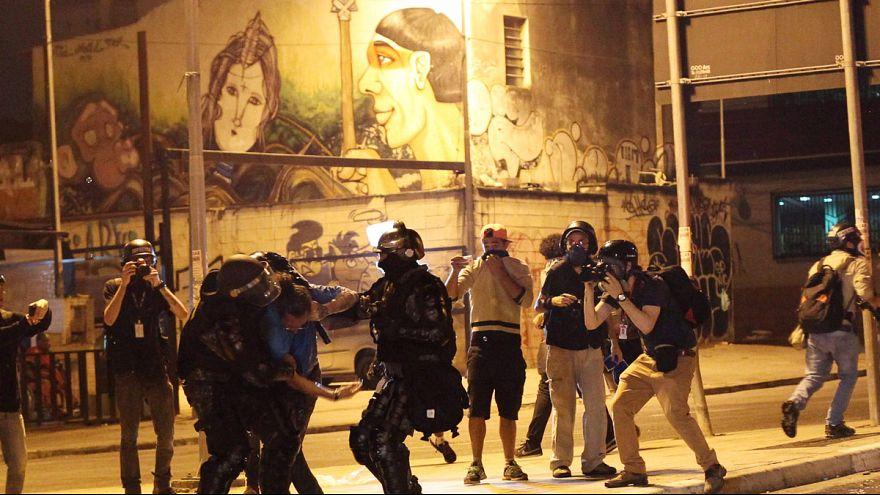 Brezilya'da Rousseff yanlıları ayakta