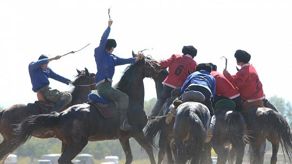 Skurriles Sport-Event: Welt-Nomaden-Spiele