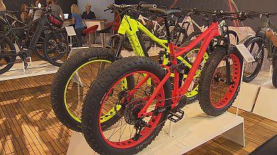 Bicicleta elétrica é a rainha da feira Eurobike na Alemanha