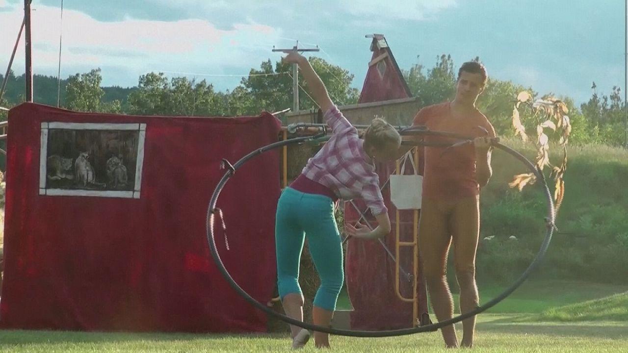 Κλασικό μπαλέτο σε αμερικανικά αγροκτήματα