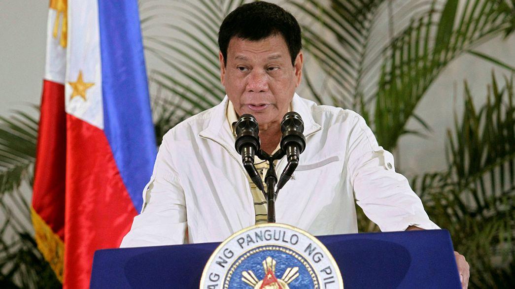 Insulti contro Obama dal presidente filippino dopo le critiche al pugno di ferro per contrastare il traffico di droga