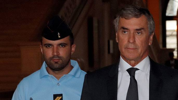 Франция: экс-глава минфина уверяет, что тайно финансировал экс-премьера