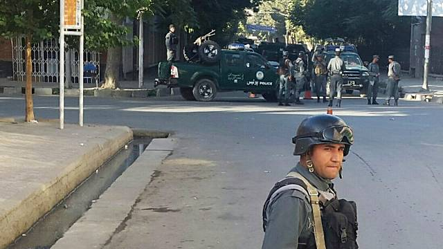 Fegyveresek támadtak egy segélyszervezet irodájára Kabulban