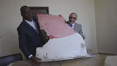 More debris of Malaysian Airline MH370 shown by Mozambique officials