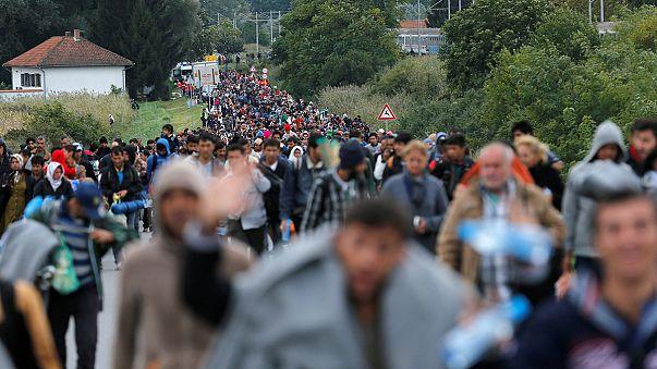 """AB'nin """"çöken"""" mülteci kotası planı"""