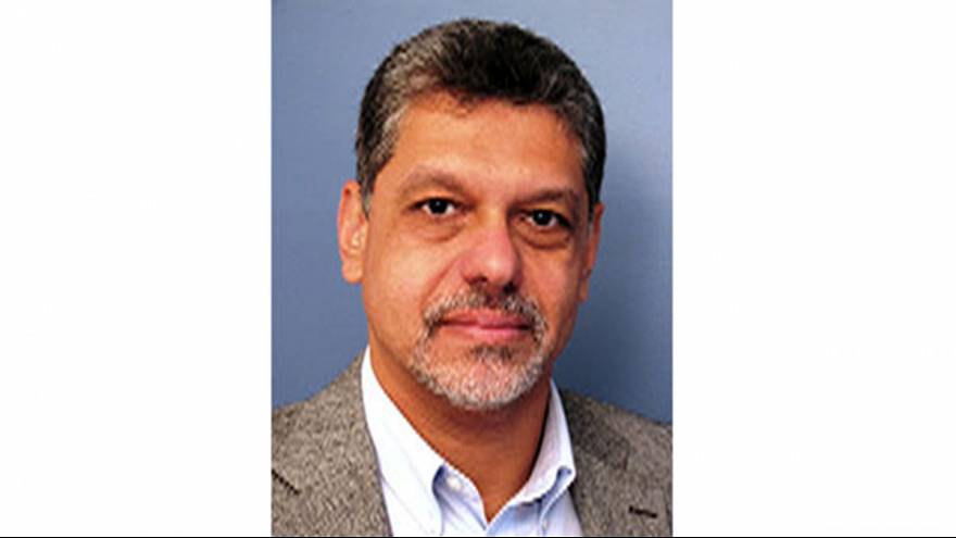 الأستاذ ، إيهاب لطيف يتحدث إلى يورونيوز في حوار حصري عن سفينة النساء إلى غزة