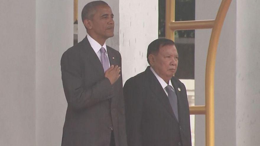 Obama'dan Laos ziyaretinde tarihi itiraf