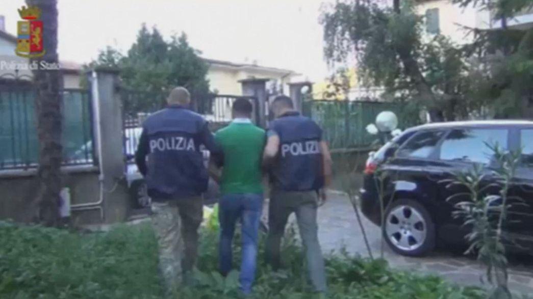 ايقاف عناصر شبكة دولية لتهريب البشر في ايطاليا