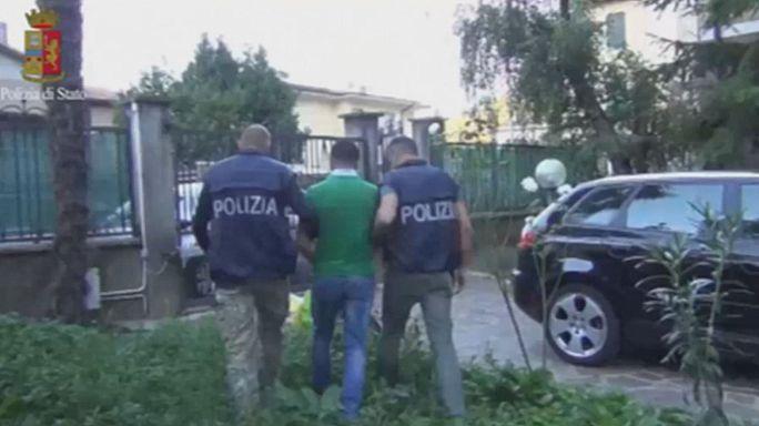 İtalya'da Suriyeli mültecileri Avrupa'ya taşıyan mafya şebekesine büyük darbe