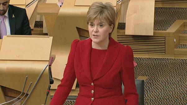 Sturgeon warns Scotland will decide its European future independently