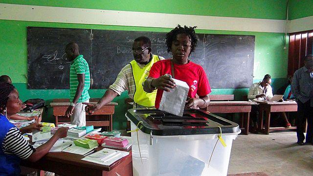 Gabon'da seçim hilesi tartırşması