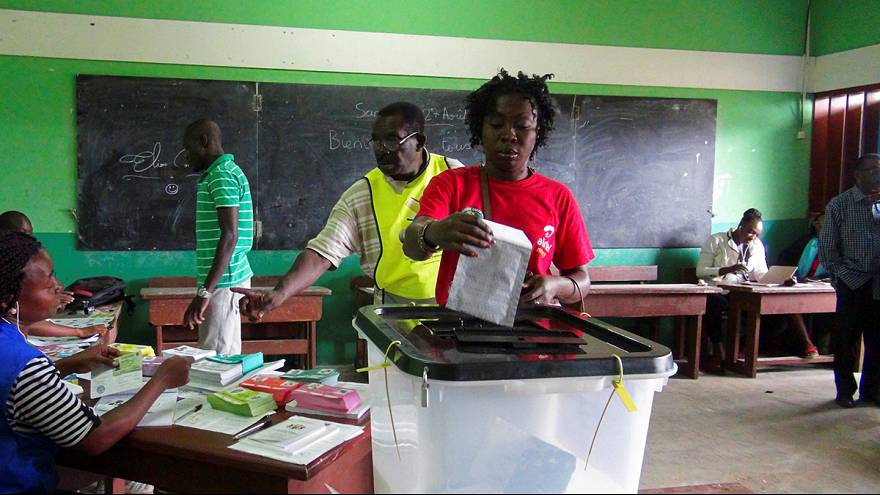 Франция за пересмотр результатов выборов президента Габона