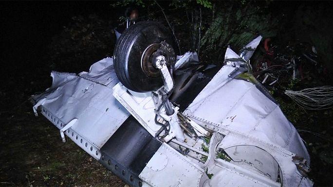 Makedonya'da uçak düştü