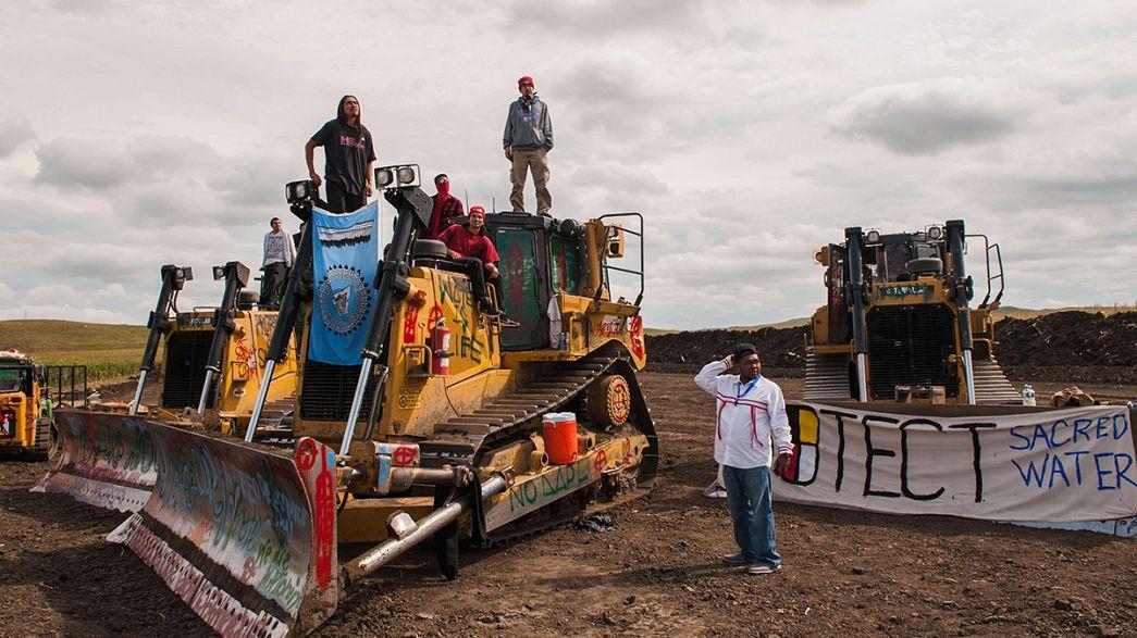 احتجاج السكان الأصليين في داكوتا الامريكية ضد مد خط أنابيب نفطية