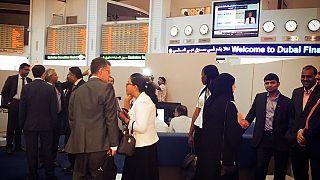 Dubai, l'Emiro fa rimuovere  le porte dagli uffici pubblici