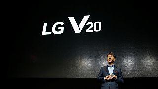 ال جی با «وی ۲۰» در پی رونق بخشی به بازار گوشی های همراه خود است