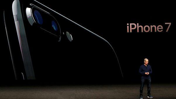 شرکت اپل آیفون ۷ را معرفی کرد