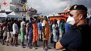 Migrantes: Menos pessoas mas mais mortos no Mediterrâneo