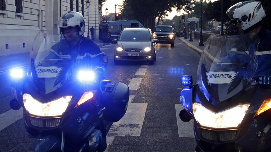 """Парижские теракты: Абдеслам снова """"воспользовался правом хранить молчание"""""""