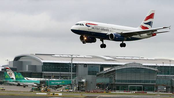 Image: A British Airways aircraft landing at Dublin Airport