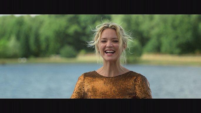 Viktória ágyában és agyában - francia vígjáték hollywoodi módra