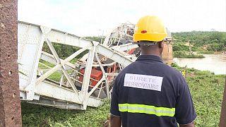 Un pont ferroviaire s'effondre au passage d'un train en Côte d'Ivoire [no comment]