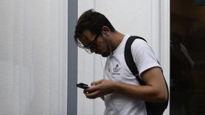 Brüssel rudert bei Handygebühren im Ausland wieder zurück