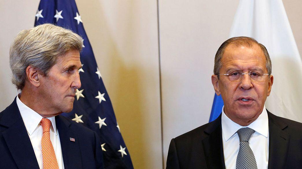 Kerry ile Lavrov Cenevre'de Suriye krizini görüşüyor