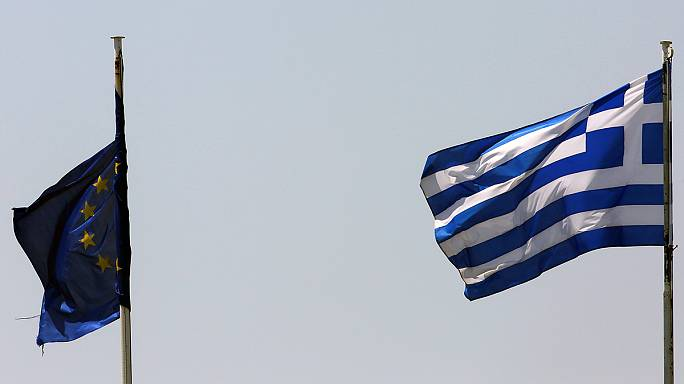 Eurogroup pushes Greece on reforms