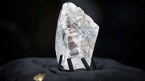Elkelt a 813 karátos nyers gyémánt