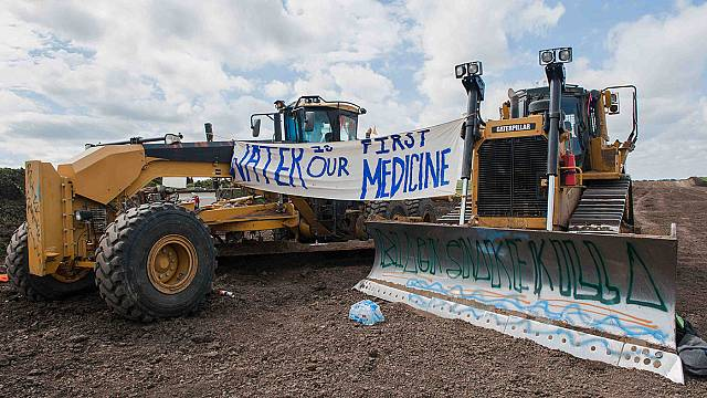 تعليق مشروع أنبوب نفط في شمال الولايات المتحدة مرفوضٌ من الهنود الحُمر
