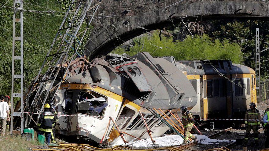 Descarrilamento de comboio provoca quatro mortos na Galiza