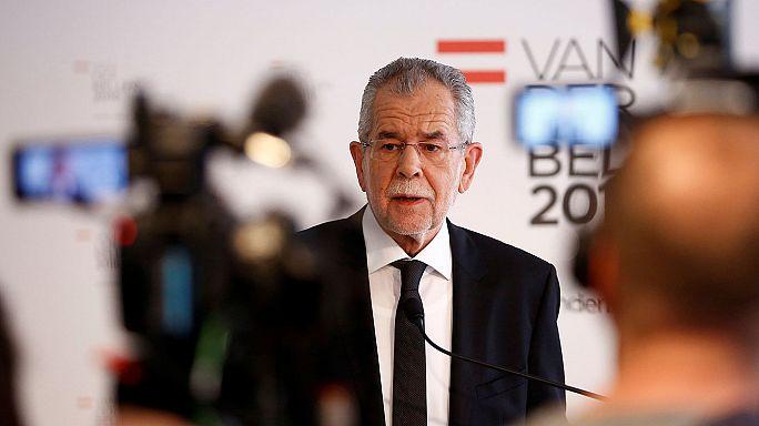 Hibás szavazólapok miatt inog az osztrák elnökválasztás megismételt második fordulója