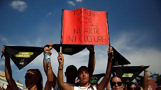 Madrid: Thousand protesters call for an ban on bullfighting