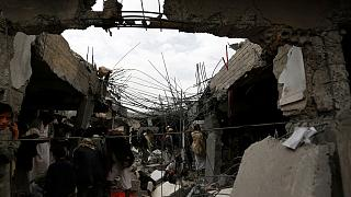 Yemende bombalar sivillerin üzerine yağdı