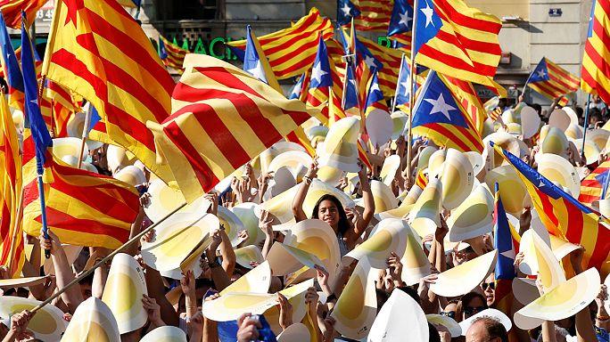 Százezrek tüntettek Katalónia függetlenedéséért